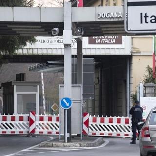 Dal Ticino al Varesotto per fare la spesa? Sì, ma con il Green Pass