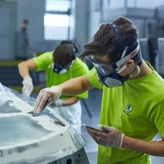 """Il Movimento per il Socialismo attacca: """"Salari e posti di lavoro per apprendisti. Il Parlamento cantonale volta le spalle ai giovani"""""""