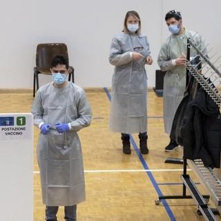 Centri di vaccinazione: quattromila posti liberi a Biasca