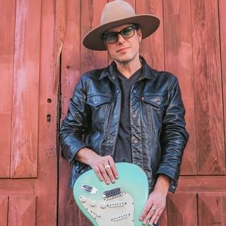 Il chitarrista ticinese Joe Colombo