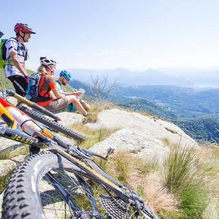 E' uno dei singletrail più belli del Ticino e si snoda in cresta attorno alla Val Colla sopra Lugano