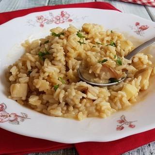 In famiglia come nei menù di grotti e ristoranti gourmet del Ticino, il risotto è un piatto che non manca mai