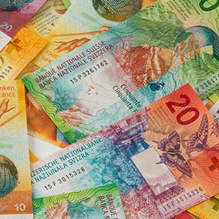 """In tutta la Svizzera, """"Parliamo di soldi"""""""