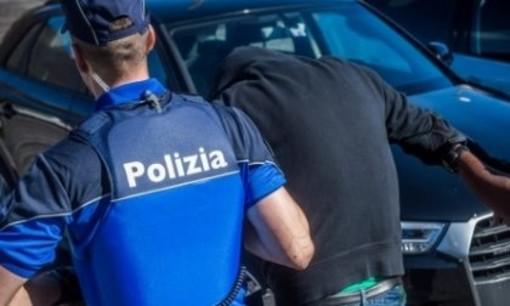Biasca, due rumeni arrestati per truffe al cambio